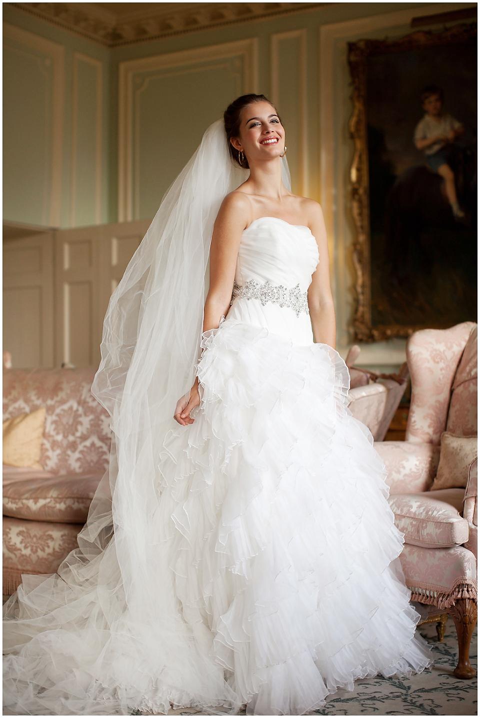 BROCKET-HALL-WEDDING-BRIDAL-FASHION-011